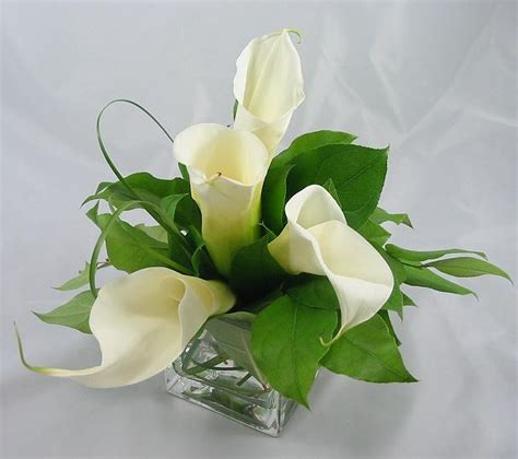 wedding centerpieces with calla lilies pittsburgh wedding reception event flowers table decorationsjim ludwig s blumengarten florist
