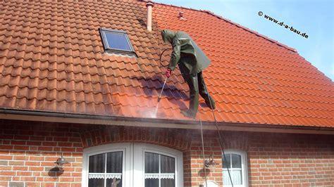 Dach Ausbeulen Und Lackieren Kosten by Dachreinigung D Und A Bau Reinigt Ihr Dach Gr 252 Ndlich