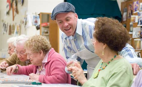 Retirement Home Volunteer Volunteering Retirement Homes Ftempo