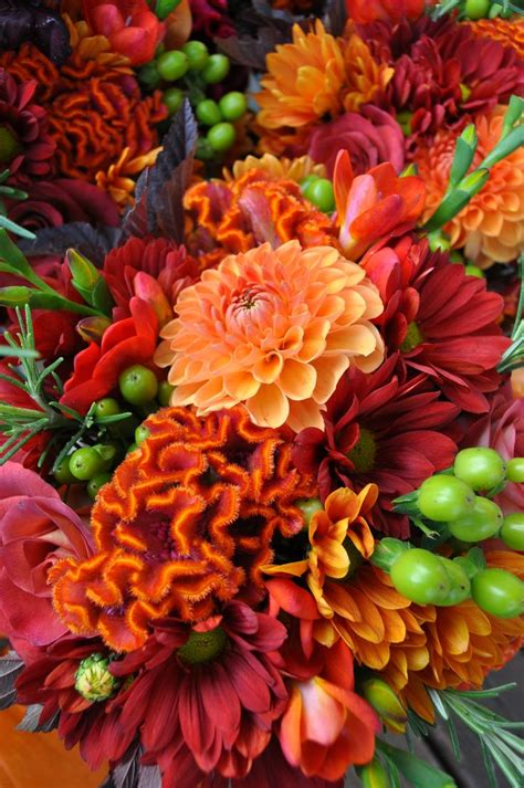 Flowers Used In Wedding Bouquets by 27 Best Images About Fall Wedding Flowers On