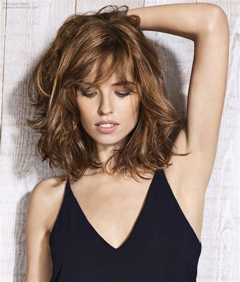 the newest look for ambre on bobs natural look with a layered bob cortes y tintes