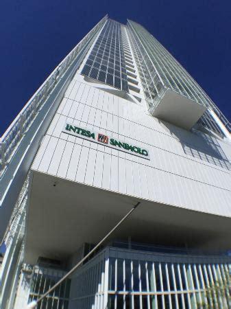 intesa sanpaolo sede realizzato da renzo piano alto 166 metri energia al 100