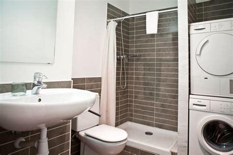 Ordinaire Meuble Salle De Bain Pour Lave Linge #1: petite-salle-de-bain-lave-linge-seche-linge.jpg