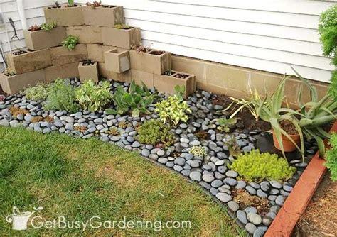diy japanese rock garden how to make a zen garden in your backyard get busy gardening