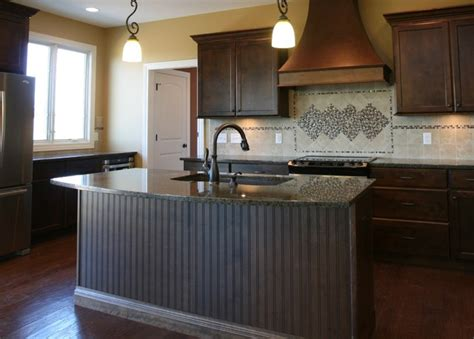 Kitchen Island Panel Ideas Island Back Panel Treatments Traditional Kitchen