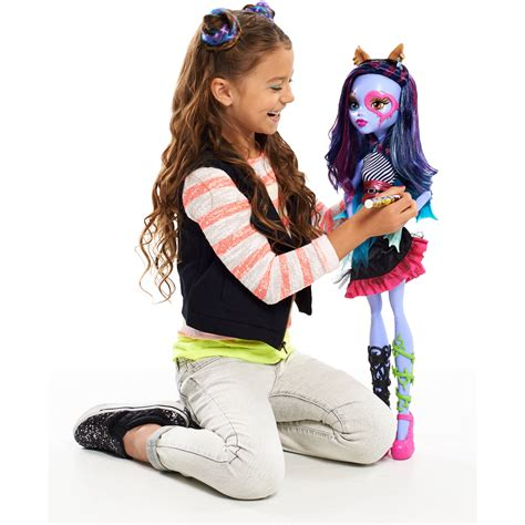 make your own monster high doll house monster high 28 quot voltageous ghoul friend doll gamesplus