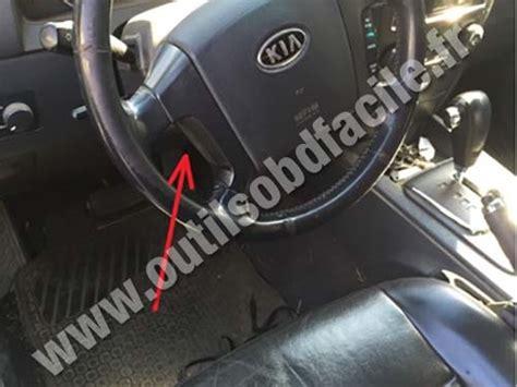 on board diagnostic system 2005 kia rio seat position control obd2 connector location in kia sorento 2005 2009 outils obd facile