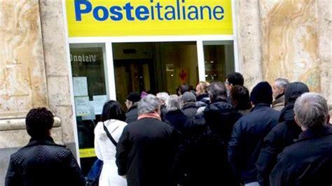 ufficio postale santa capua vetere panico nell ufficio postale di santa a vico