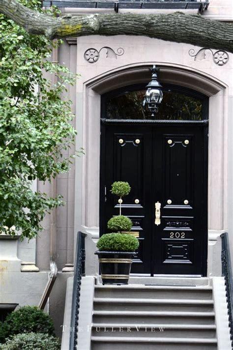 Black Front Door Furniture 1000 Ideas About Black Exterior Doors On Black Exterior Exterior Doors And Door