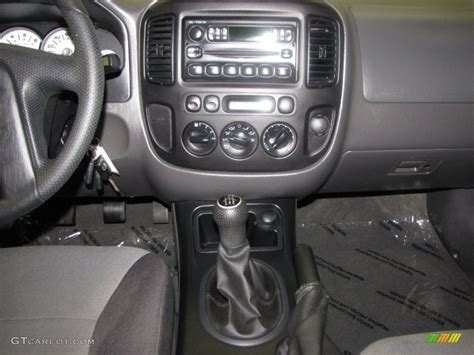 car repair manual download 2002 ford escape transmission control 2005 ford escape xls 4wd 5 speed manual transmission photo 51907211 gtcarlot com