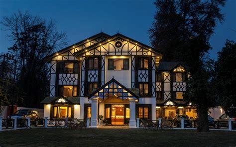 best hotels in srinagar top 10 hotels in srinagar gyawun