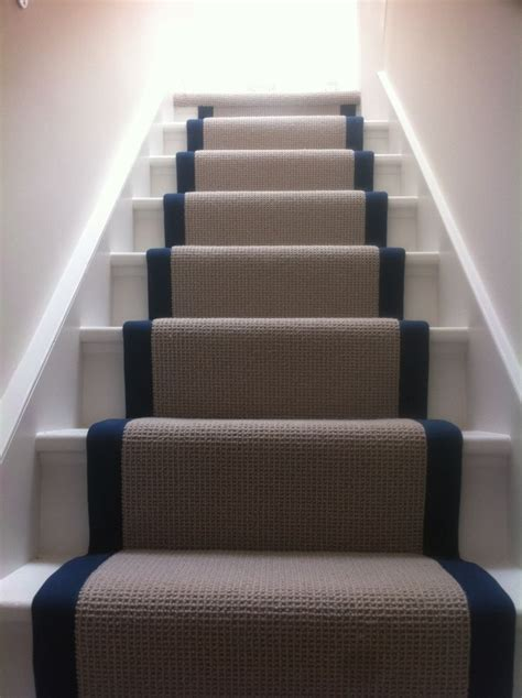 Which Carpet For Stairs - best 25 carpet stair runners ideas on carpet