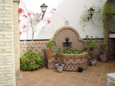 fuentes patio fuente patio trasero jardines pinterest patio
