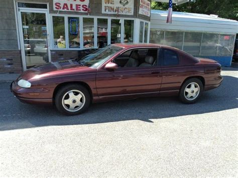 sell   chevrolet monte carlo  coupe  door