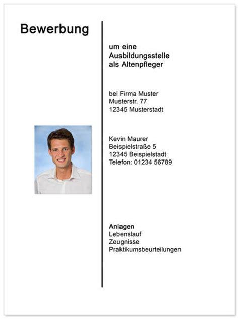 Bewerbung Foto Mann Wie Macht Ein Strich In Der Mitte Des Dokumentes