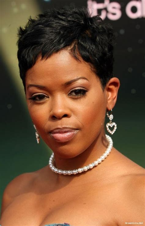 rihanna short hairstyles front and back rihanna short hairstyle back and front