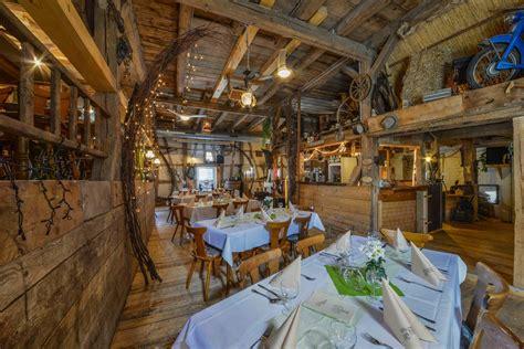 Scheune Cafe by Hotel Restaurant Gasthof Zum R 246 Ssle T 252 Rkheim Bei Geislingen