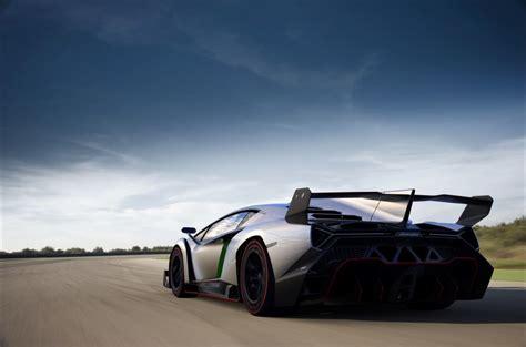 Lamborghini Veneno Takes To The Track: Video