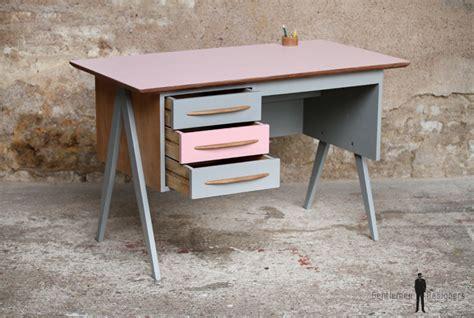 bureau enfant original bureau vintage 3 tiroirs et gris pieds compas
