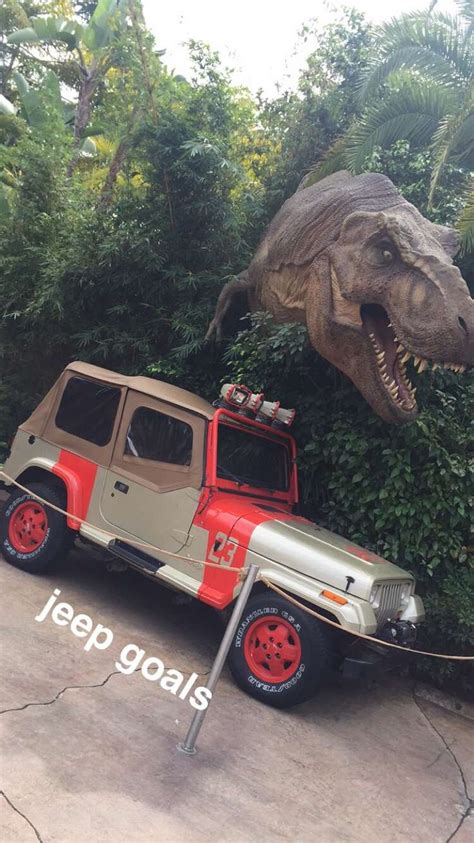 jurassic world jeep 21 best jurassic park images on pinterest movie cars