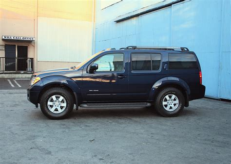 nissan road nissan pathfinder se road photos and comments www