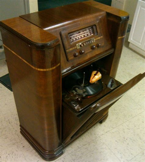 antique record player cabinet brands 1942 philco radio beam of light phonograph works no res