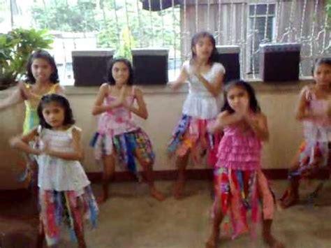 zumba tutorial step by step waka waka dance tutorial by filipino kids best dance