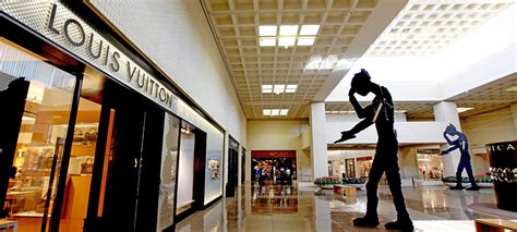 high fashion trends news northpark center dallas history of innovation the fashion industry 187 dallas innovates