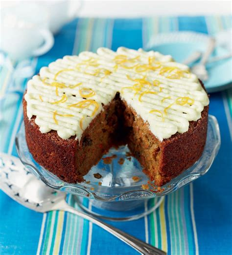 paul hollywoods ultimate carrot cake recipe cake