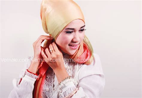 tutorial jilbab paris resmi tutorial jilbab cantik untuk acara resmi brekelesix s blog