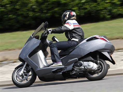 peugeot satelis 125 2006 on review mcn