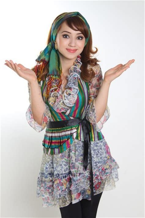 uzbek qizlar lut qiz sekilleri gozel qizlar