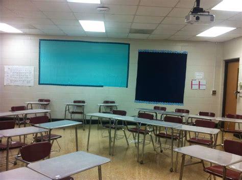 Desk Arrangements For Middle School by Middle School Classroom Arrangement Desk Arrangement