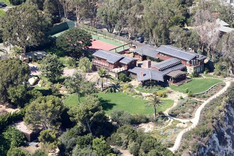 julia roberts house 20 celebrity homes you d love to hang out in