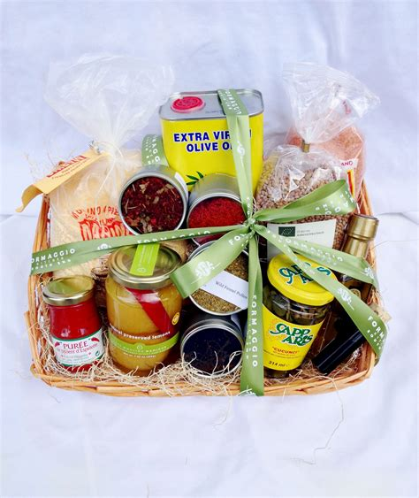 Souvenir Meal Bagtas Ransel 2 gift baskets formaggio kitchen south end