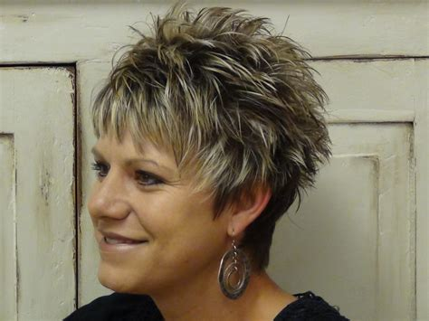 short hair styles for senior women with straight and thinning hair short hairstyles for straight hair older women latest