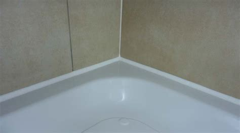 Sealing Shower Tray To Wall by Leaking Shower Enclosures Screens Help Advice