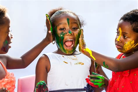 Five Ways To Make Your Child A Creative Genius Children Painting Pictures