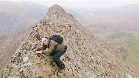 a guided day out rock scrambling on crib goch on snowdon