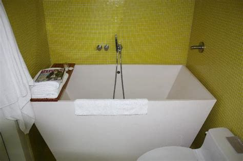 soaking tubs for small bathrooms 878
