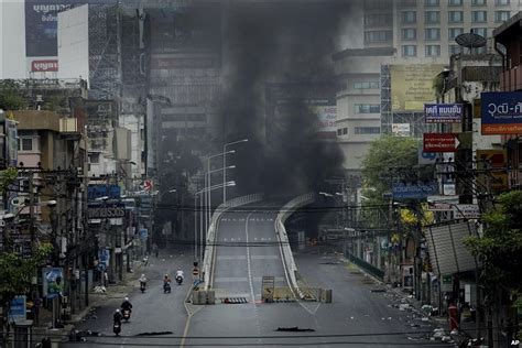Grip Sinagawa Brng Thailand news in pictures bangkok violence
