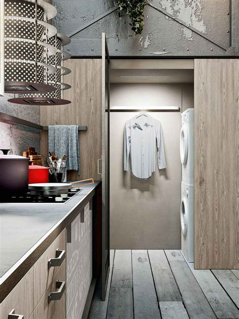 una in cucina una cucina con cabina lavanderia cose di casa