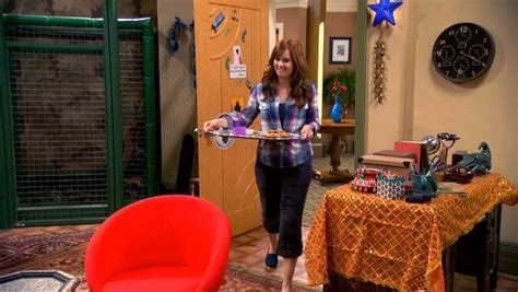 zuri ross bedroom the fabulous family penthouse on the disney show quot jessie quot