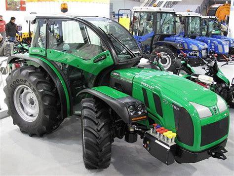 Ferrari Traktoren by Ferrari Tractors Italy Sleek Ferrari Orchard Tractor