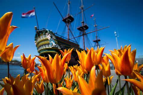 scheepvaartmuseum de oranje nederland in de ban van de tulp historianet nl