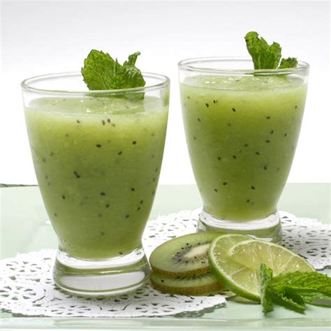 V Juice Apple Kiwi dinner 12 3 chalfbloodrp