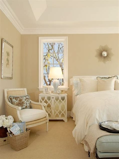 cream colored bedrooms 1000 ideas about beige wall colors on pinterest coffee