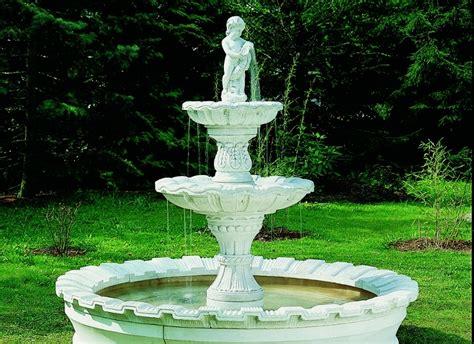 garten springbrunnen springbrunnen im garten beste garten ideen
