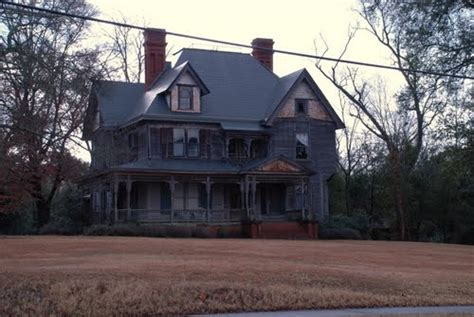 haunted houses in sc we drive by this grand old home in society hill sc on trips to visit aunt renee in