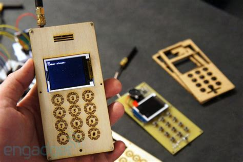 diy cell phone capacitor diy cellphone has the footprint of an sandwich definitely doesn t run ics on